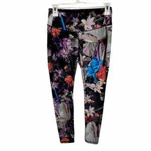 Calia by Carrie Underwood Black Multicolor Floral Essential Capri Leggings